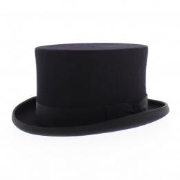 Chapeau dressage