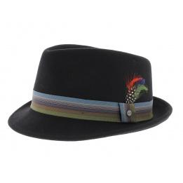 Shiller brown felt hat