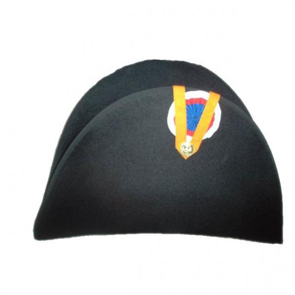 Bicorn Hat: Bicorne Claque