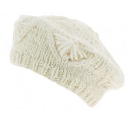 Beret tricot blanc