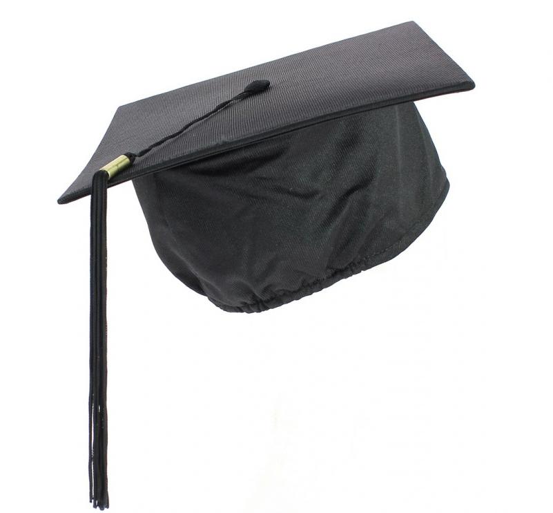 chapeau-ecole-de-commerce-laurea-tocco-dr-hut
